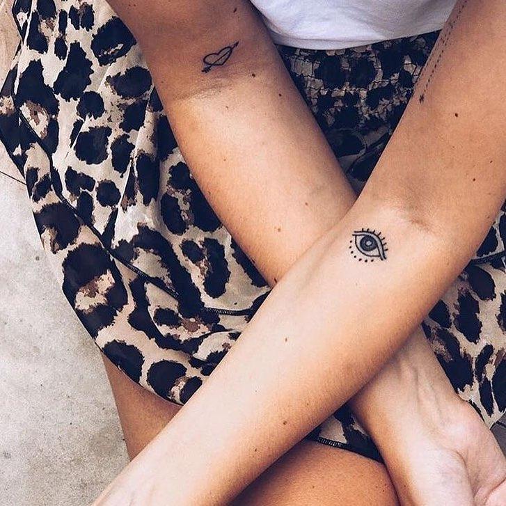 mini tattoos ideas on upperarm