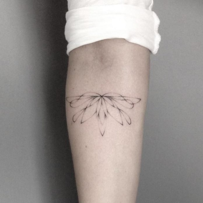 Stick and poke tattoos everything you should know