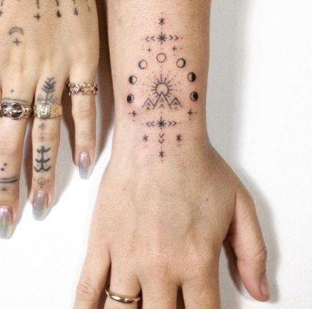 Best Tattoo Moon Phases Fingers 36 Ideas